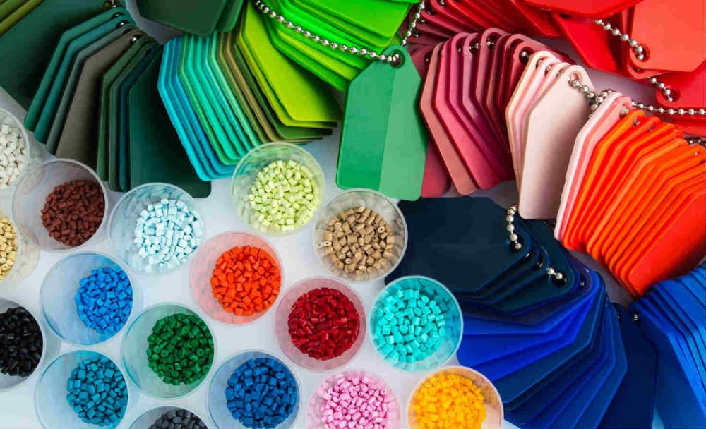 polymers-xxlphoto-sstock.jpg
