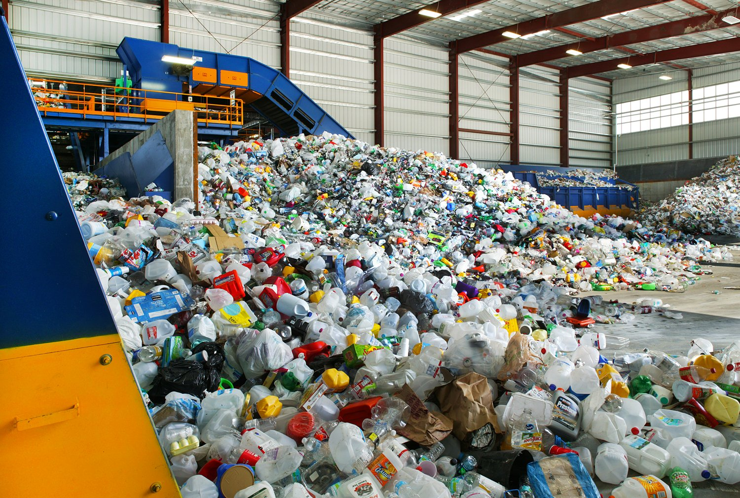 Machinex-sorting-systems-plastic-recycling.jpg