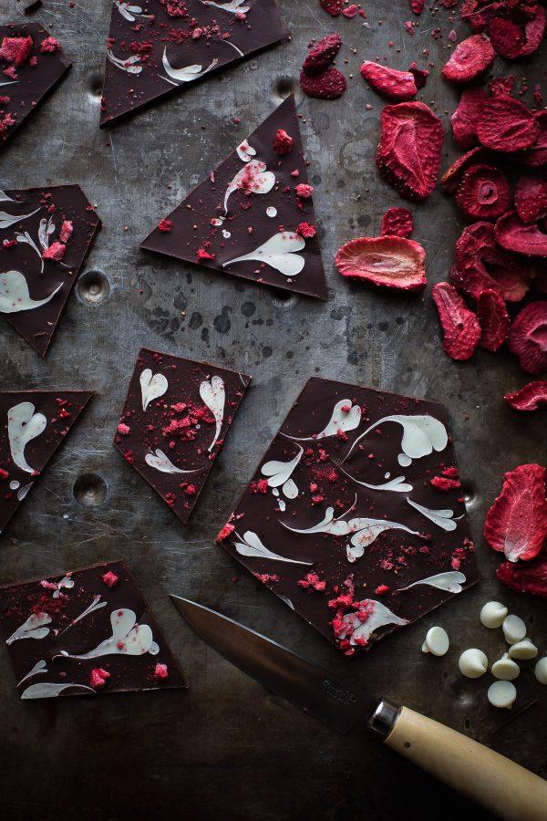 Sweetheart-Chocolate-Bark-4-600x900.jpg