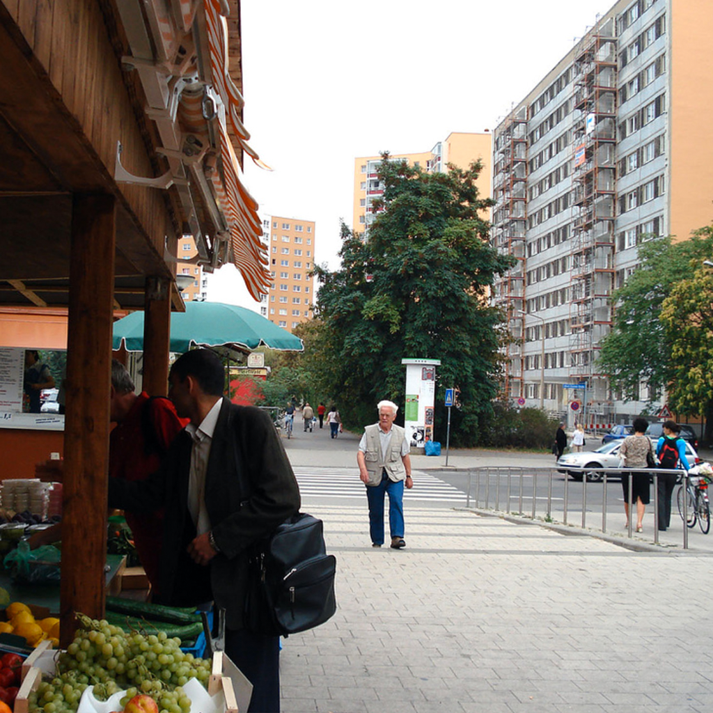 H ow markets look, as they open within tower communities, is different around the world. However, access to fresh affordable food, close to home, allows it to become part of the  rhythm  of everyday life.    Halle Neustadt, Germany