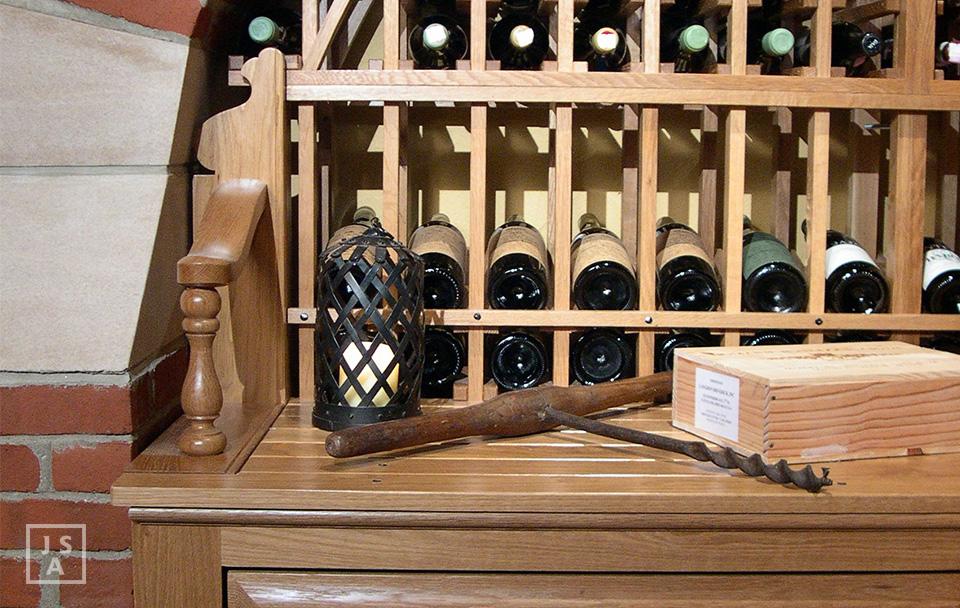 FisherDS Detail Wine.jpg