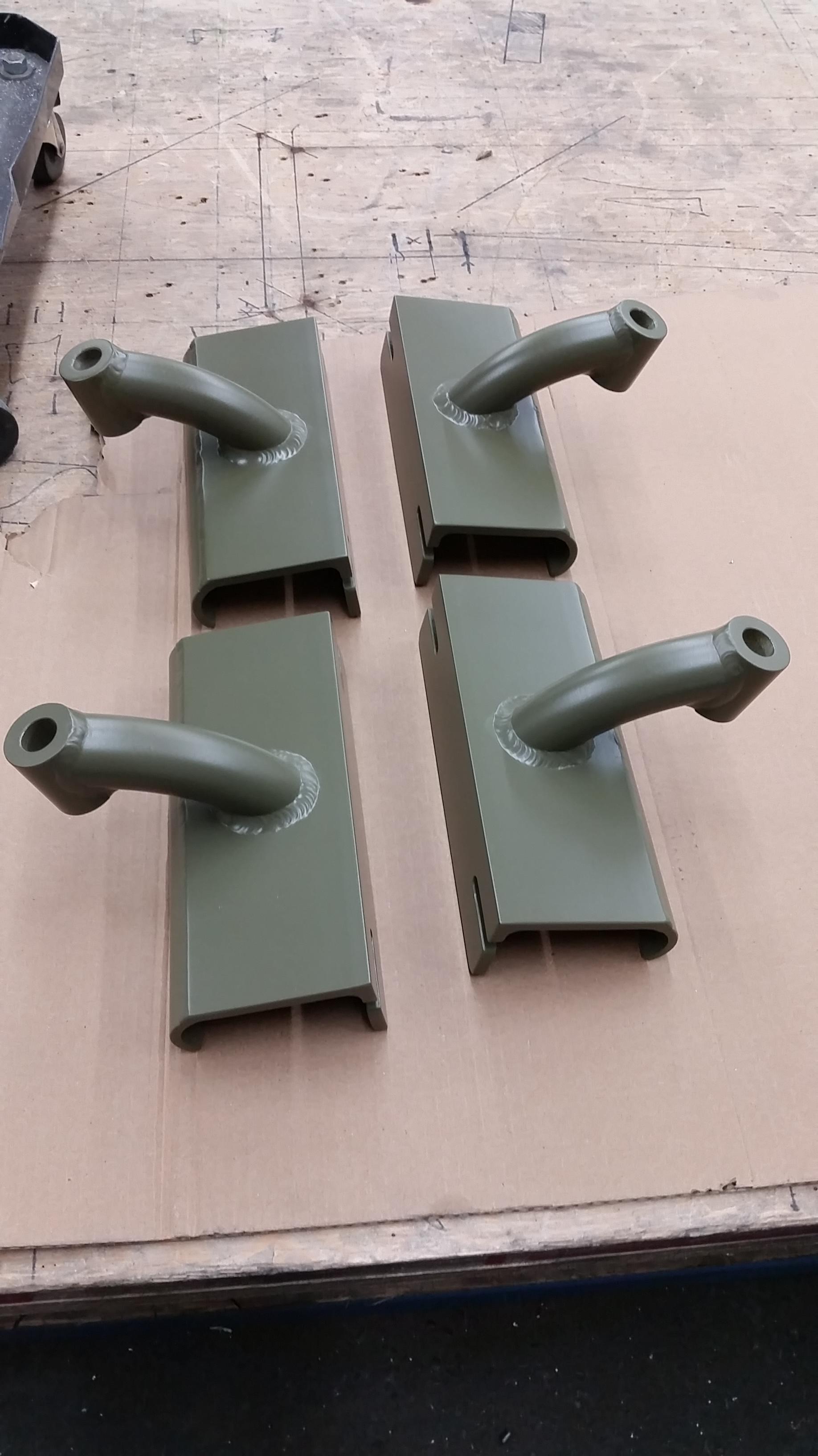 Tracker style<br>adjustable oar locks