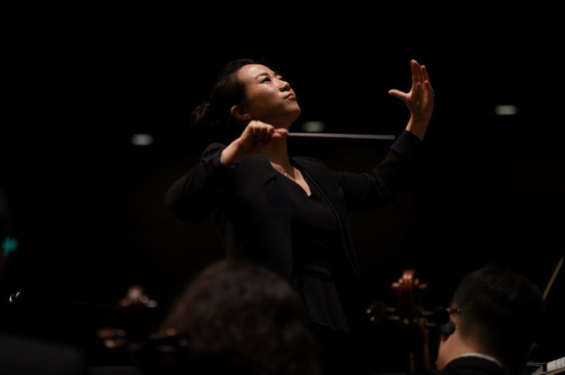 Jing Huan, one of a new generation of Chinese conductors, performing in Beijing (AFP Photo/WANG Zhao)