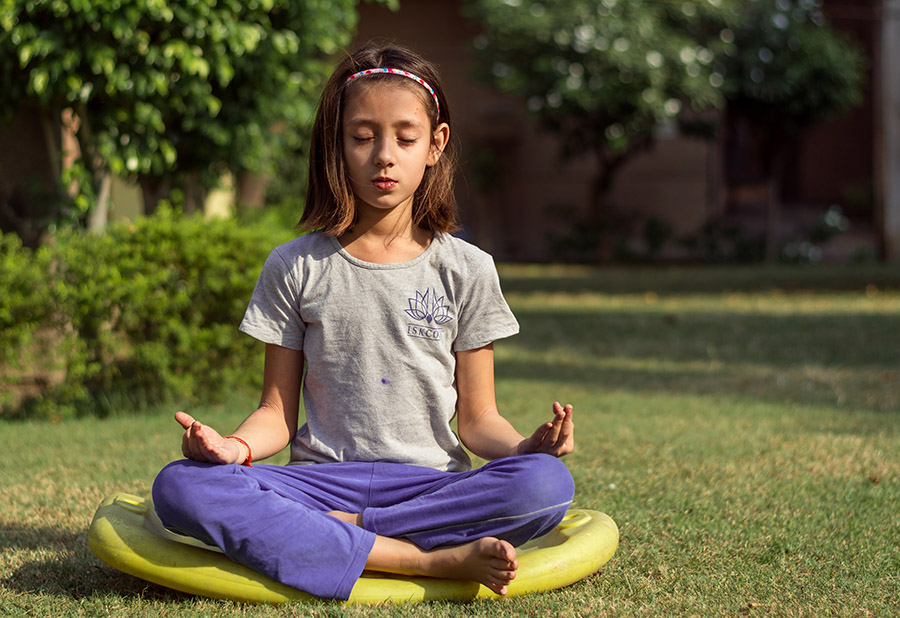 Benefits-of-Yoga-for-Youth-Who-Have-Experienced-Trauma.jpg