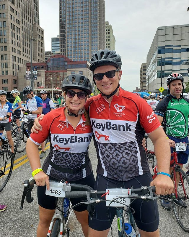@ericdwolk and @heather_meeks_  biking for a cure @bikevelosano #cleveland #clevelandclinic #keybank