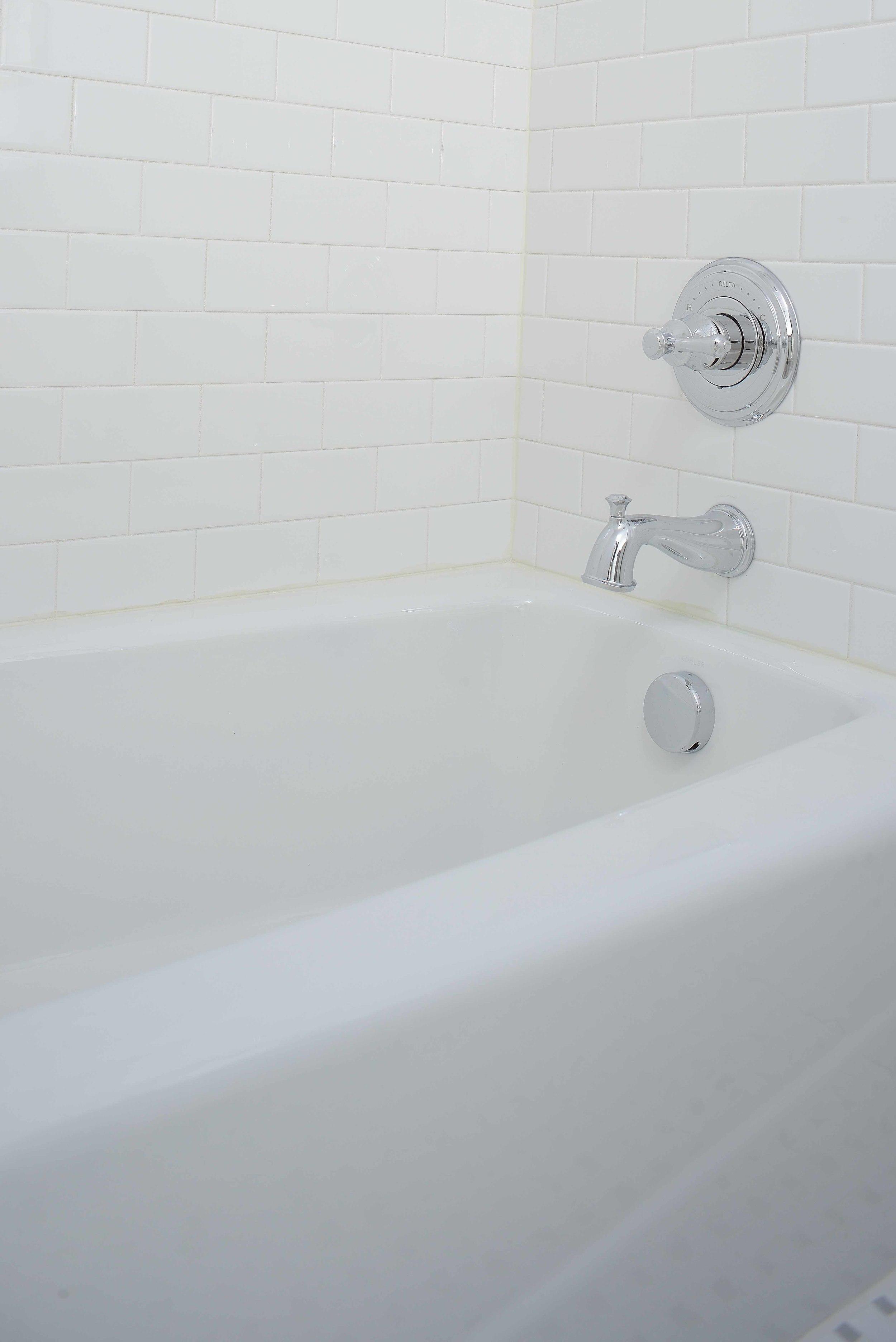 guest-bath-vinweb.jpg