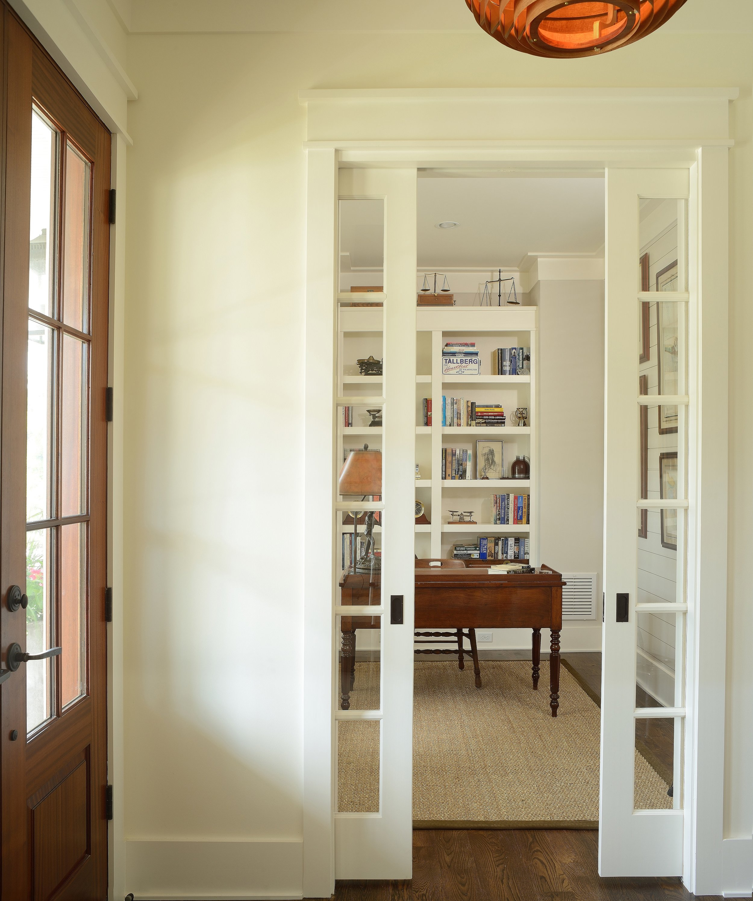 foyer resized.jpg
