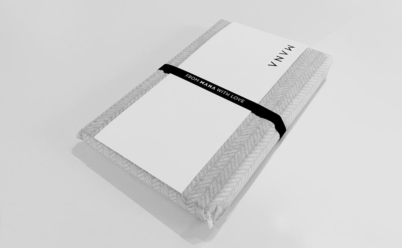 MANA_Xmas2016_03_Notebook.jpg