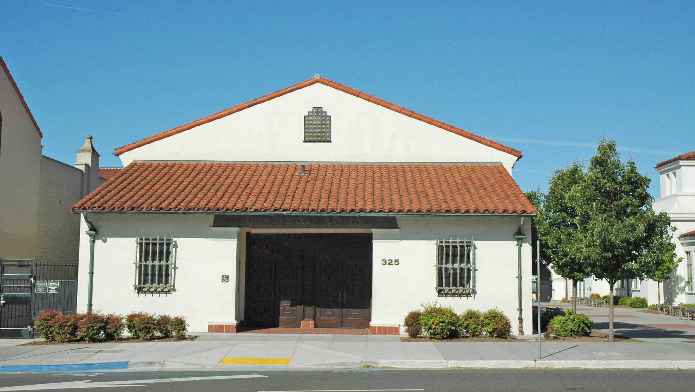 ELLEN DRISCOLL THEATER - PIEDMONT, CA