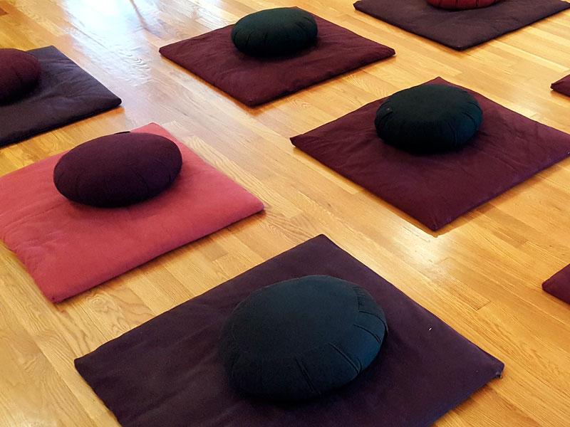 Programs&Sitting Groups -