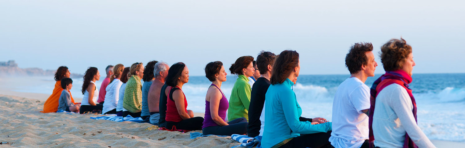 slider_beach_meditation_group.jpg