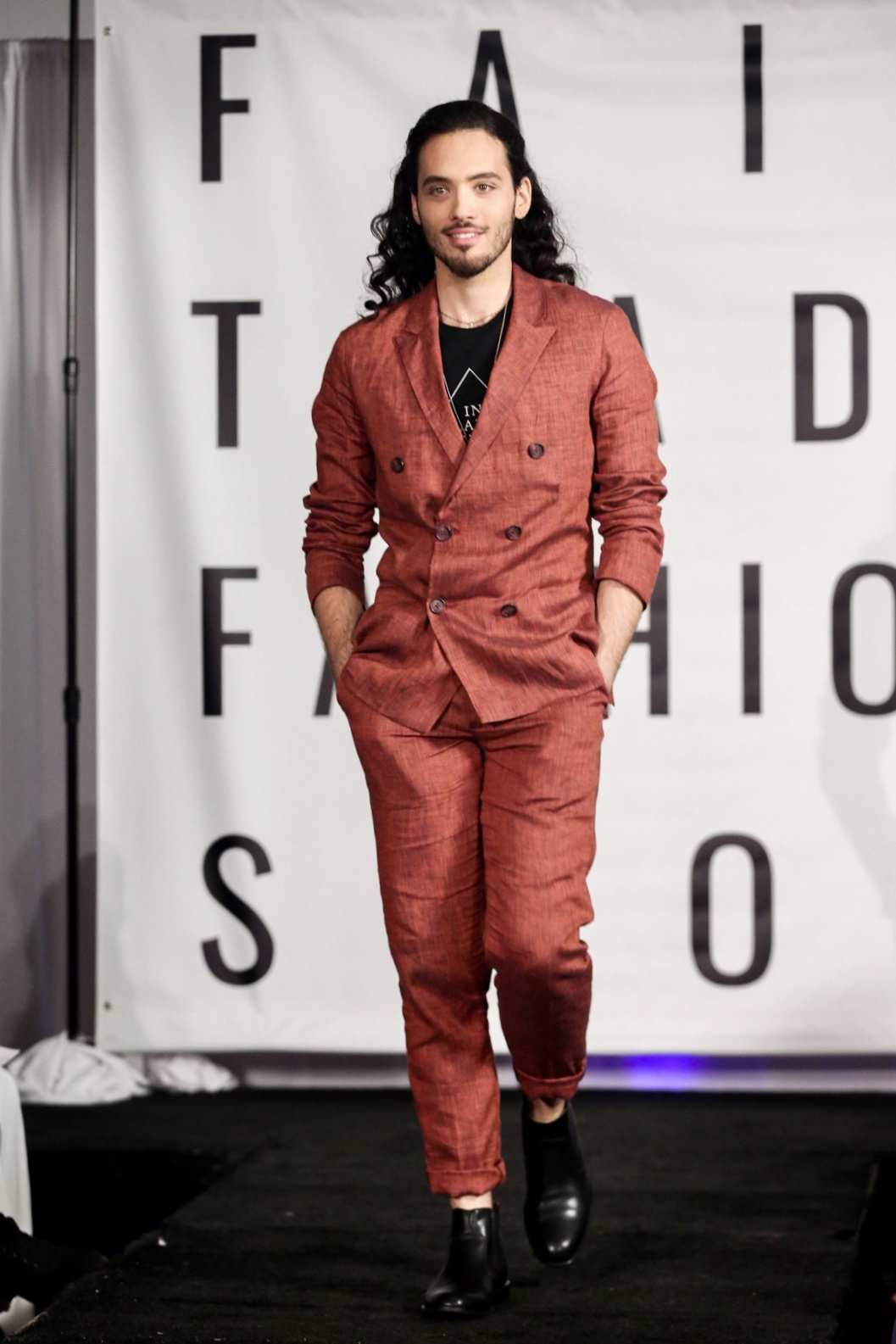 NAHTE linen suit at The Fair Trade Fashion Show in Los Angeles 11/2018