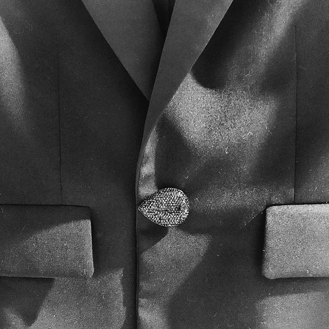 Easily update your look by replacing the buttons on an old jacket. How chic is this black Swarovski pavè teardrop button?