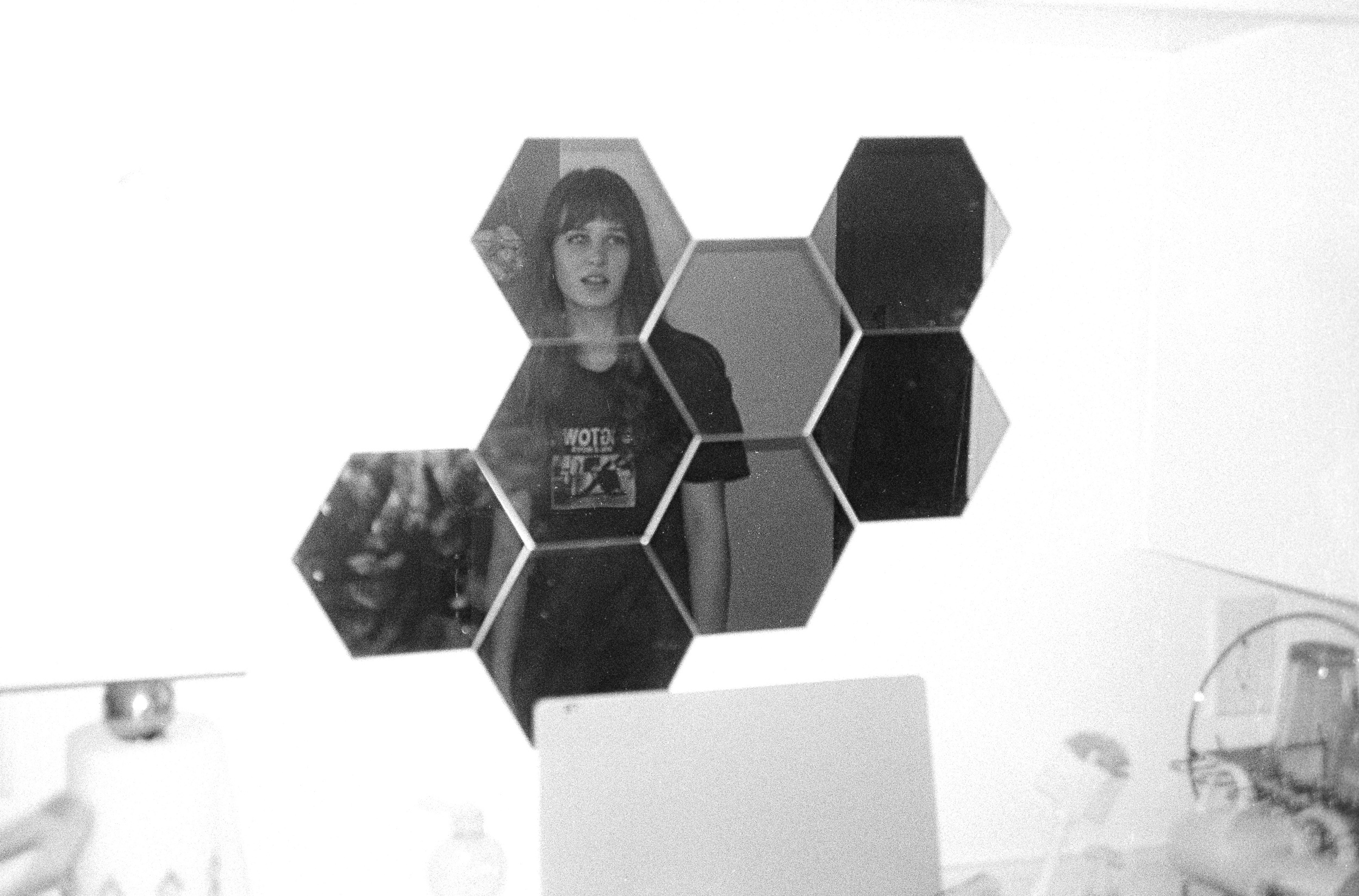 Sarah Hexagon kitchen Mirror copy.jpg