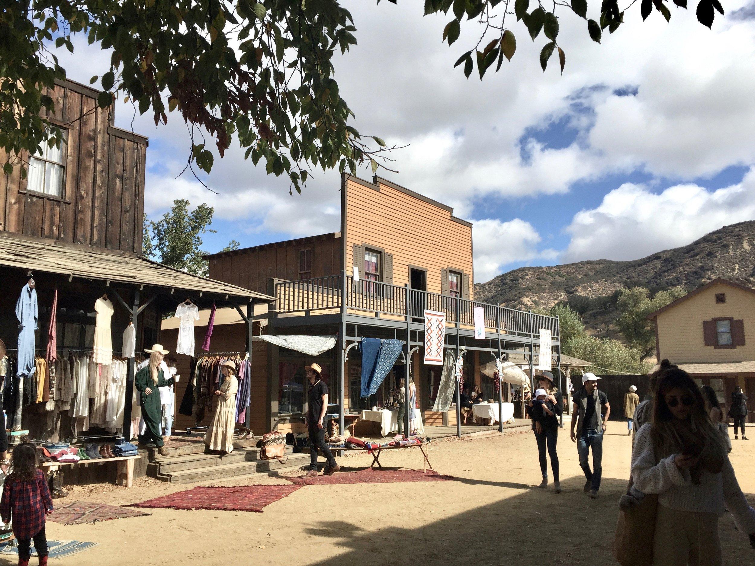 _Mercado-Sagrado-Paramount-Ranch-IMG_1438.jpg