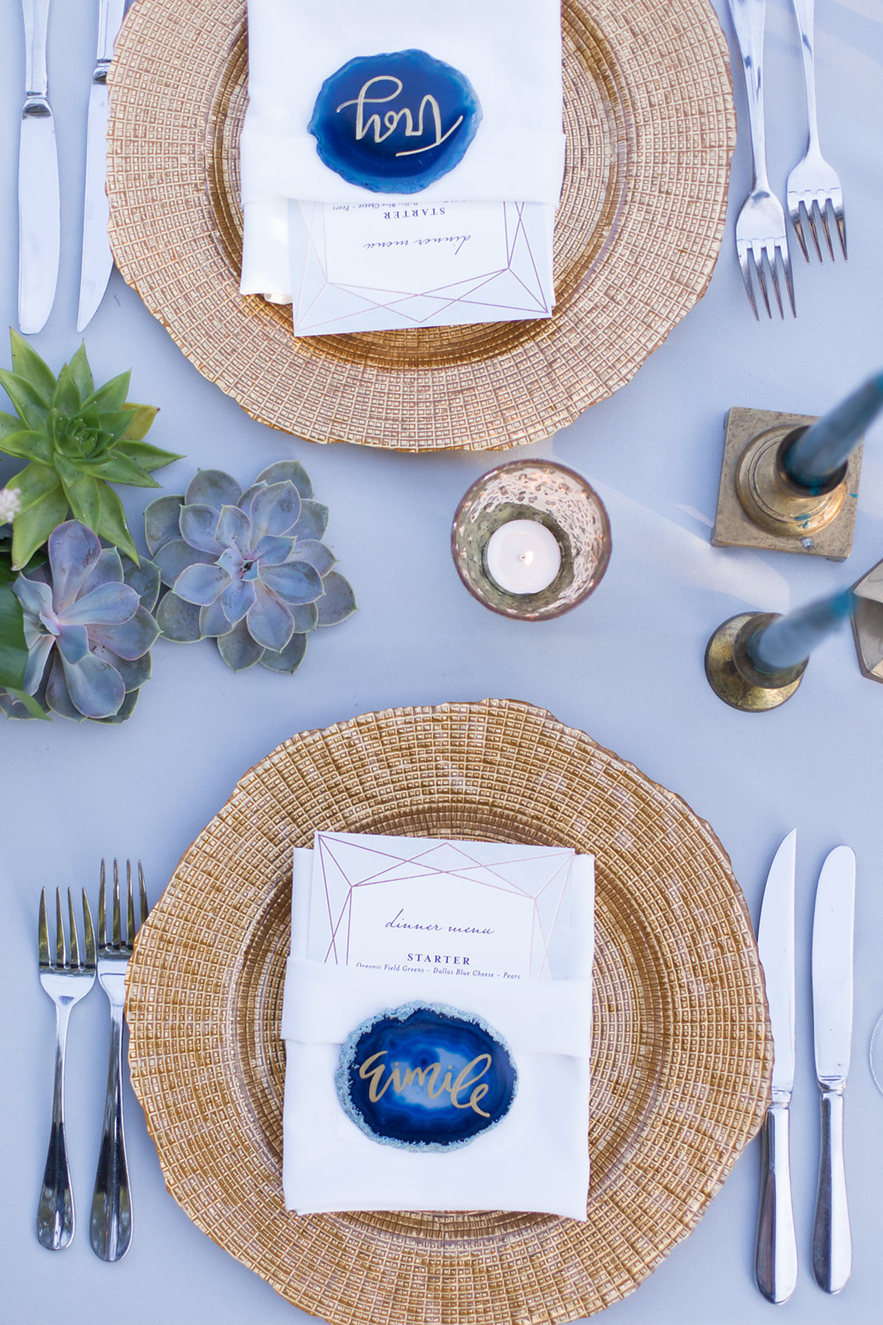 Blue agate slice place cards paired with gorgeous detailed gold charger plates.