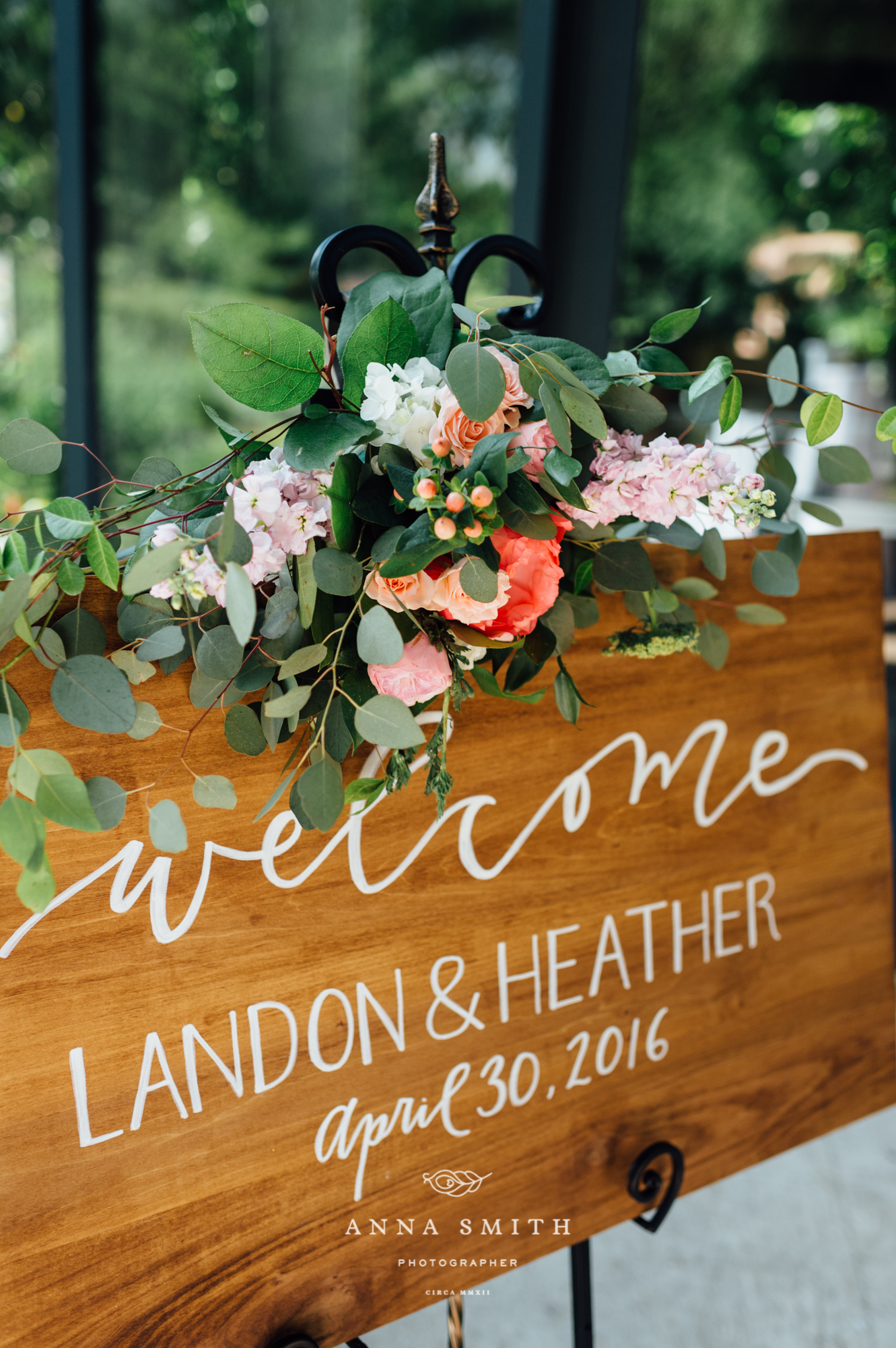 wedding-welcome-sign-wooden-inspiration.jpg