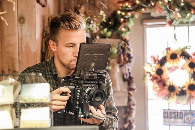 Don't sit to close to the screen @willbakerdp . . . #redcamerausers #reddigitalcinema #directorofphotograpy #musicvideo