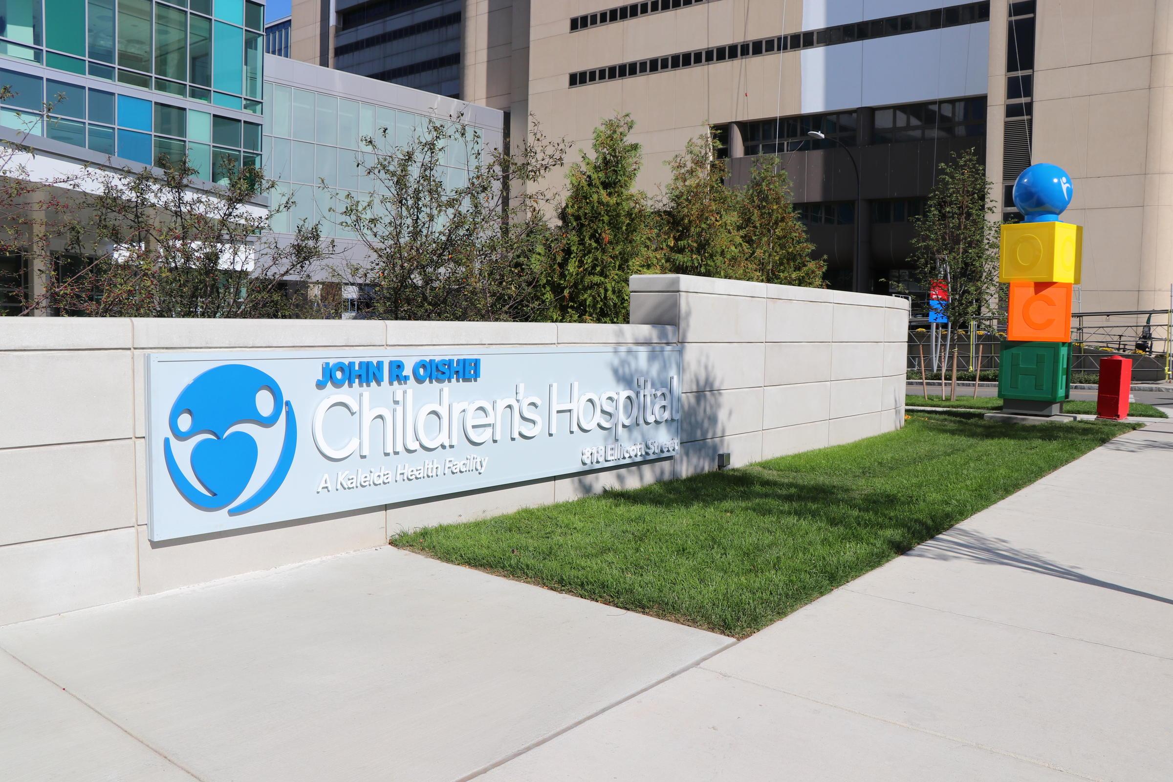 Children_s Hospital Sign.jpg
