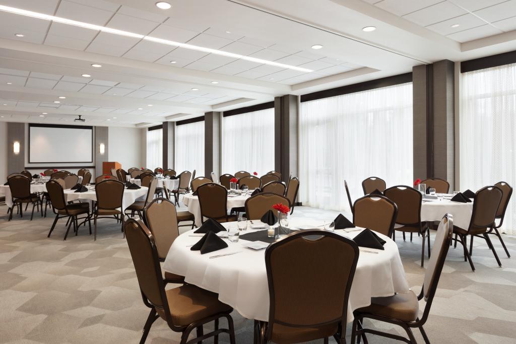 Hyatt Place Meeting Room.jpg