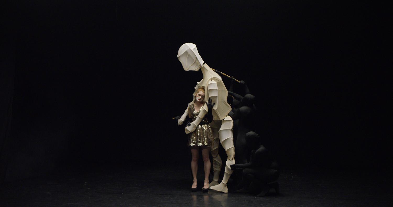giant_puppet.jpg