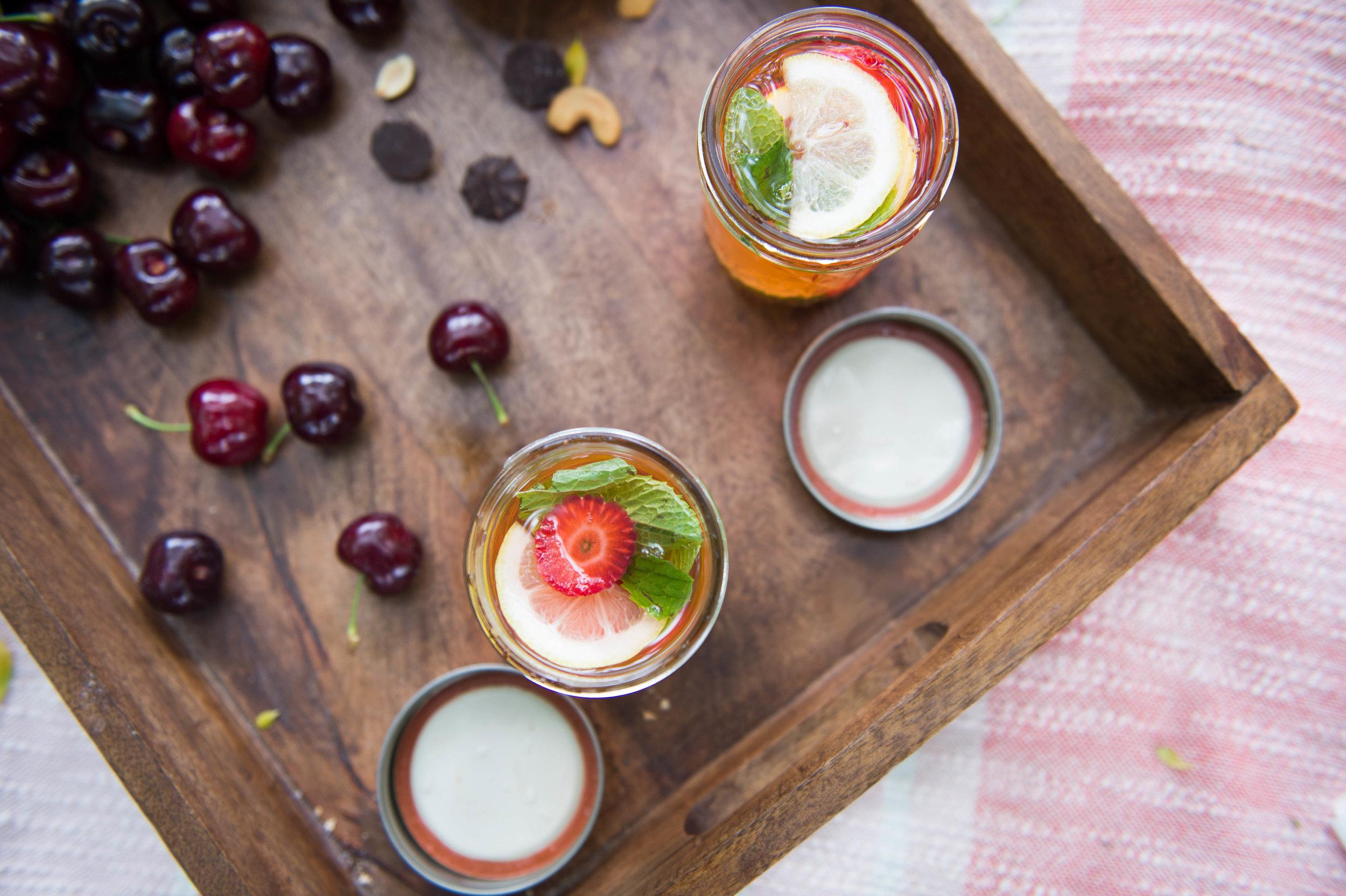 Drinks in a jar