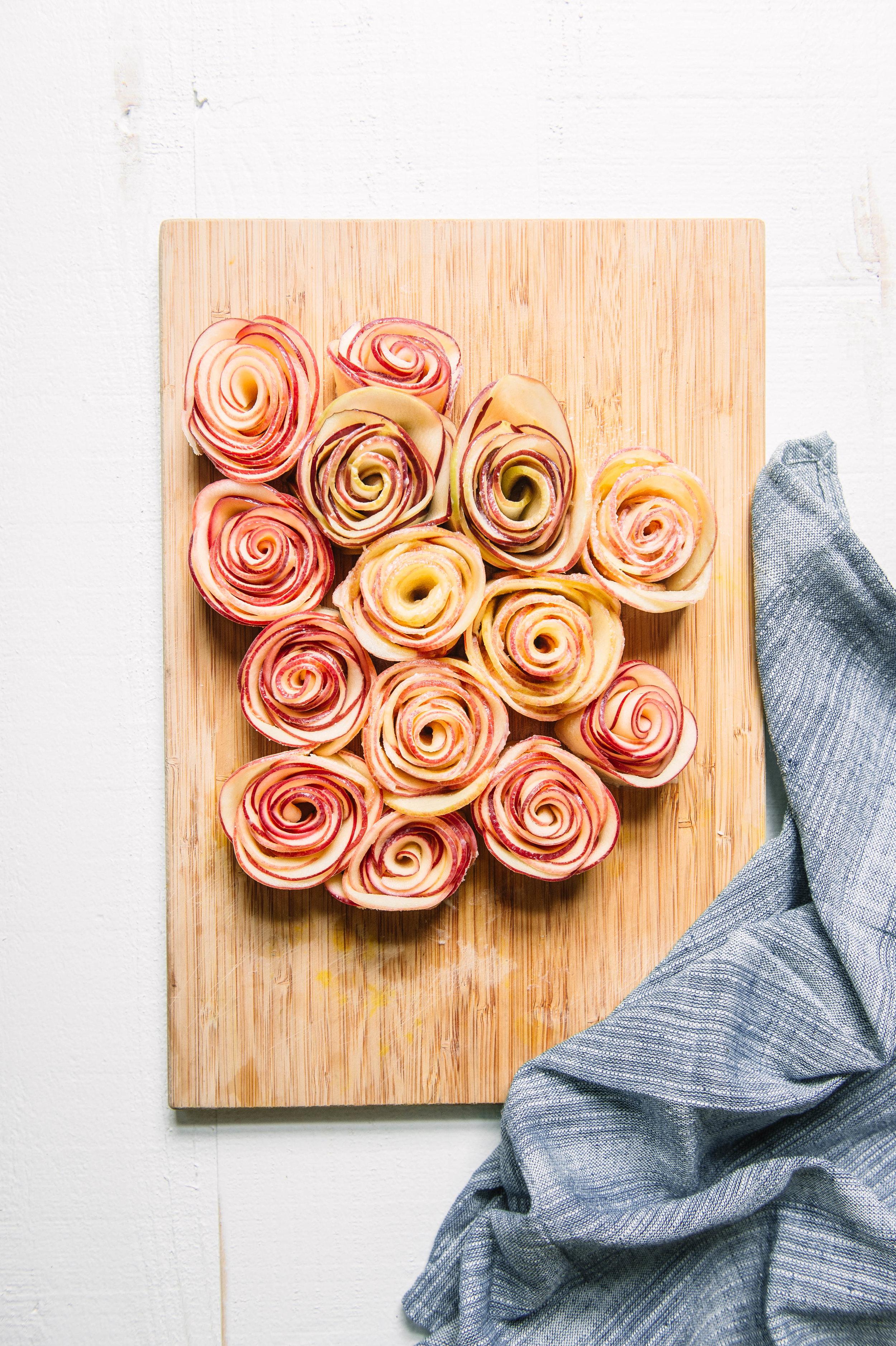 Apple rose tart-900.jpg