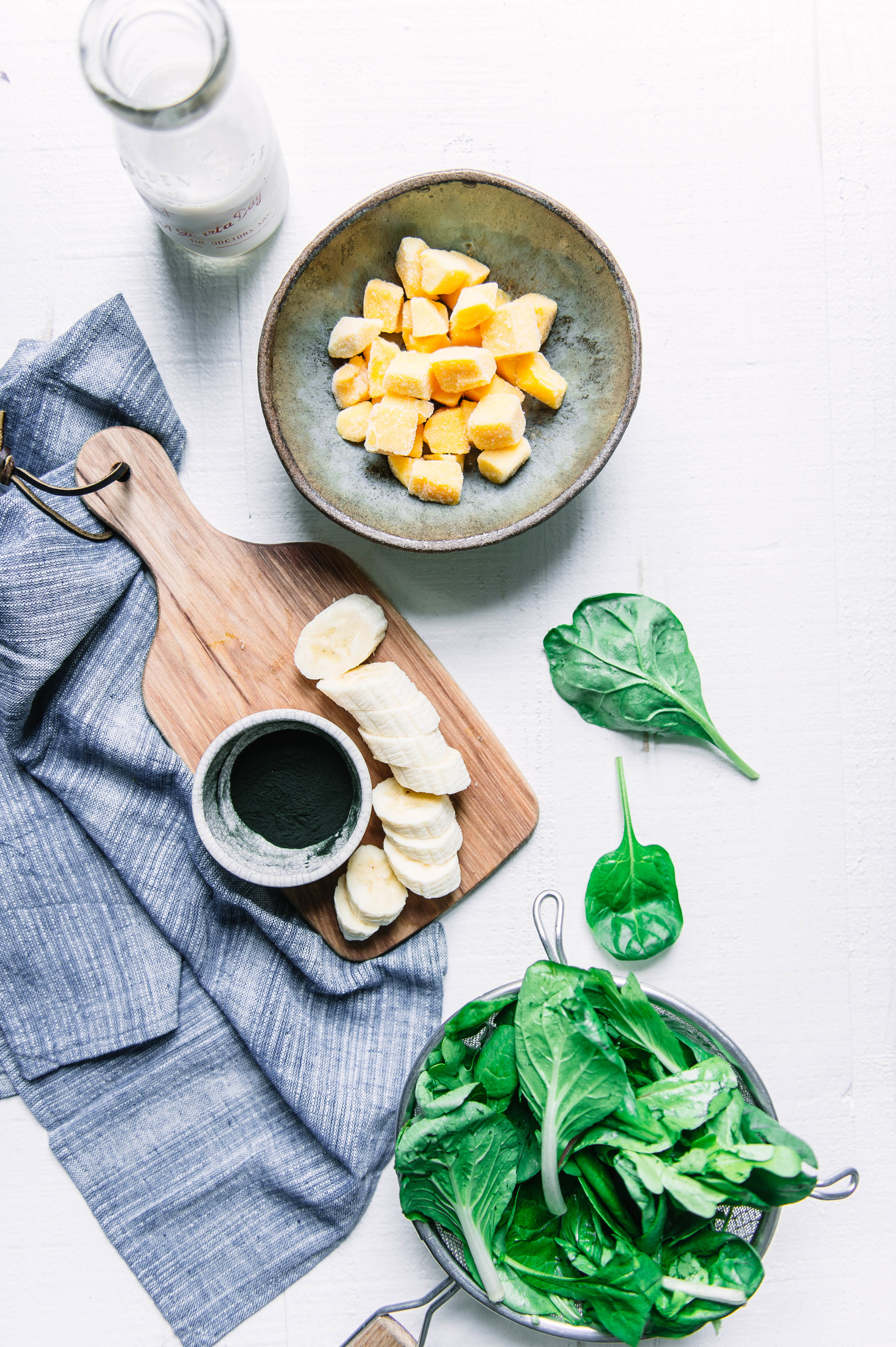 Green smoothie bowl-971.jpg