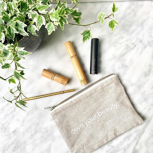 Remember I promised a May full of giveaways? I'm keeping my word! In collaboration with my lovely friend Leila over at @love_indieb (which is here to help you find unique, independent beauty brands ❤️), we're giving away a pouch full of natural, clean cosmetics, including an all-over lip and cheek stain, a shimmery pink lipstick, mascara and an eyebrow pencil (game changer!) from @naturallyby @elatecosmetics and @aunaturalelife . If you're into clean beauty, entering for a chance to win this #giveaway easy! Follow me, @loveindieb and tag a friend (or several friends!) The more friends you tag, the higher your chances of winning 🤗 . Contest will run for three days. We'll announce the winner on Mother's Day!  #treatyoself #motheryourself #win #freestuff . #FallInLoveWithIndie #weareindiebeauty #beauty #makeupdiscoveries #indiebeauty #mothersday #beautybloggers #beautytips #beautycare #naturalista #naturalbeautyproducts #naturalbeauty #cleanmakeup #cleanbeauty