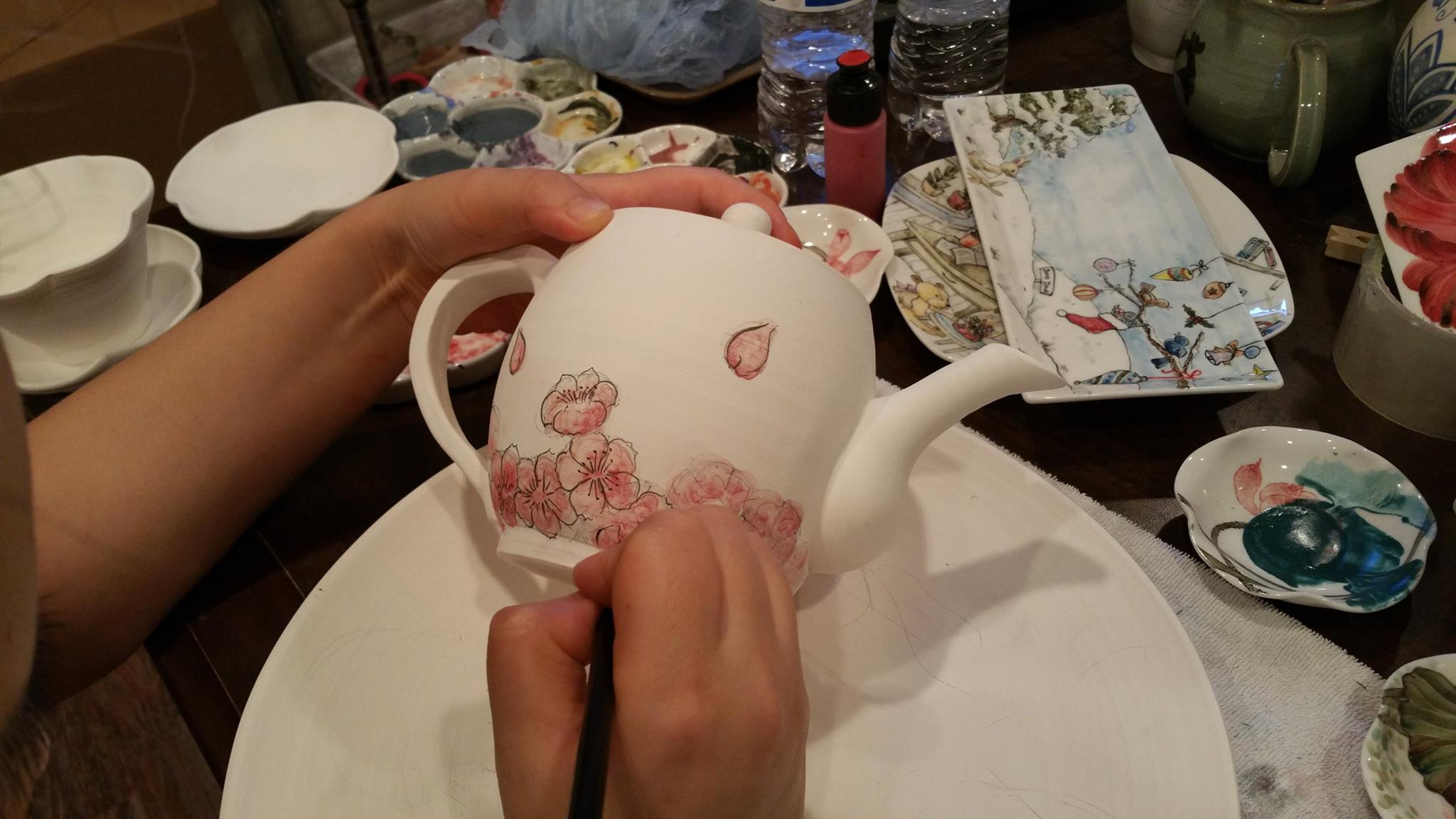 yousung choi fine art pottery.jpg