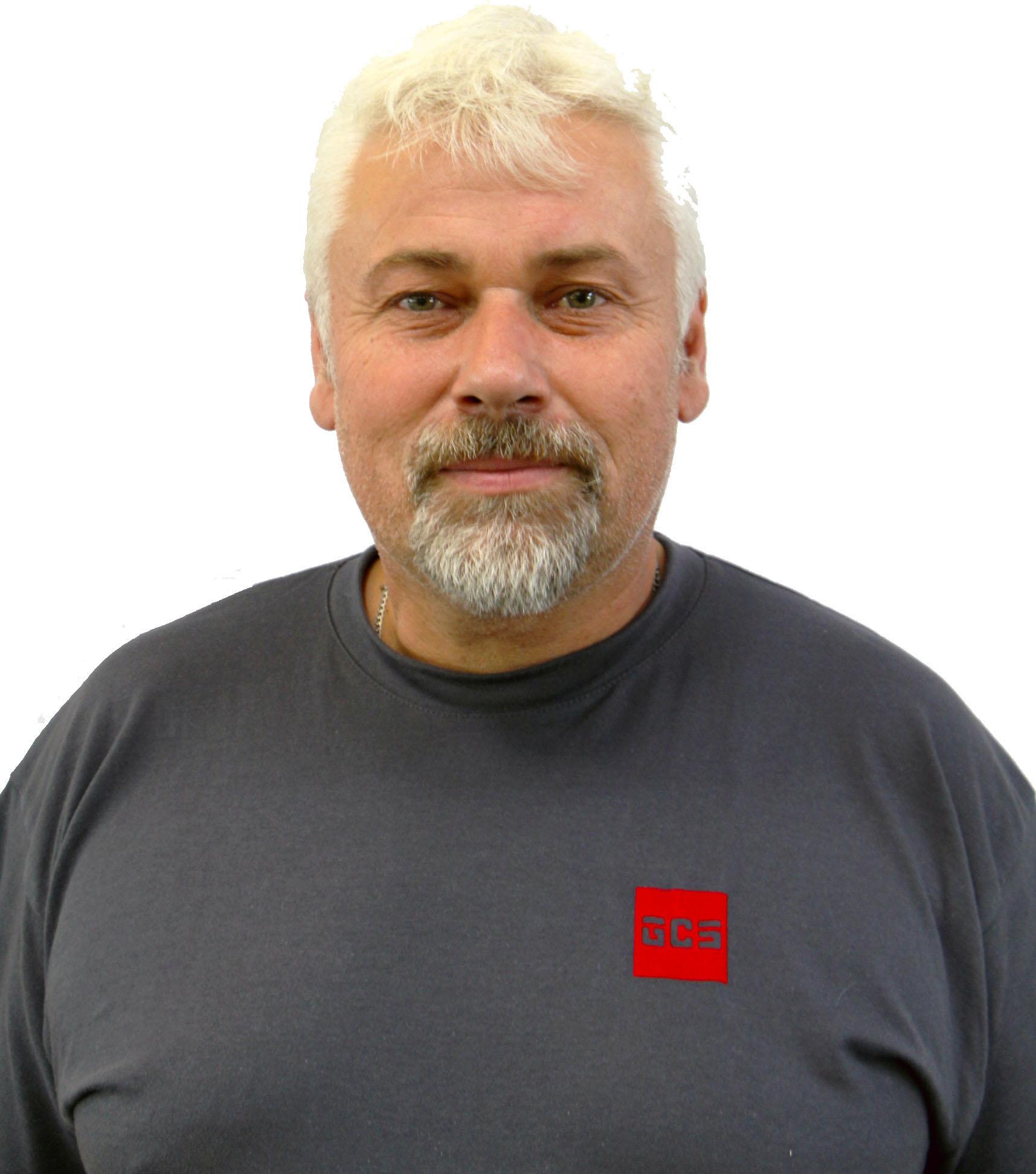 Veljko Celar, Mechanic