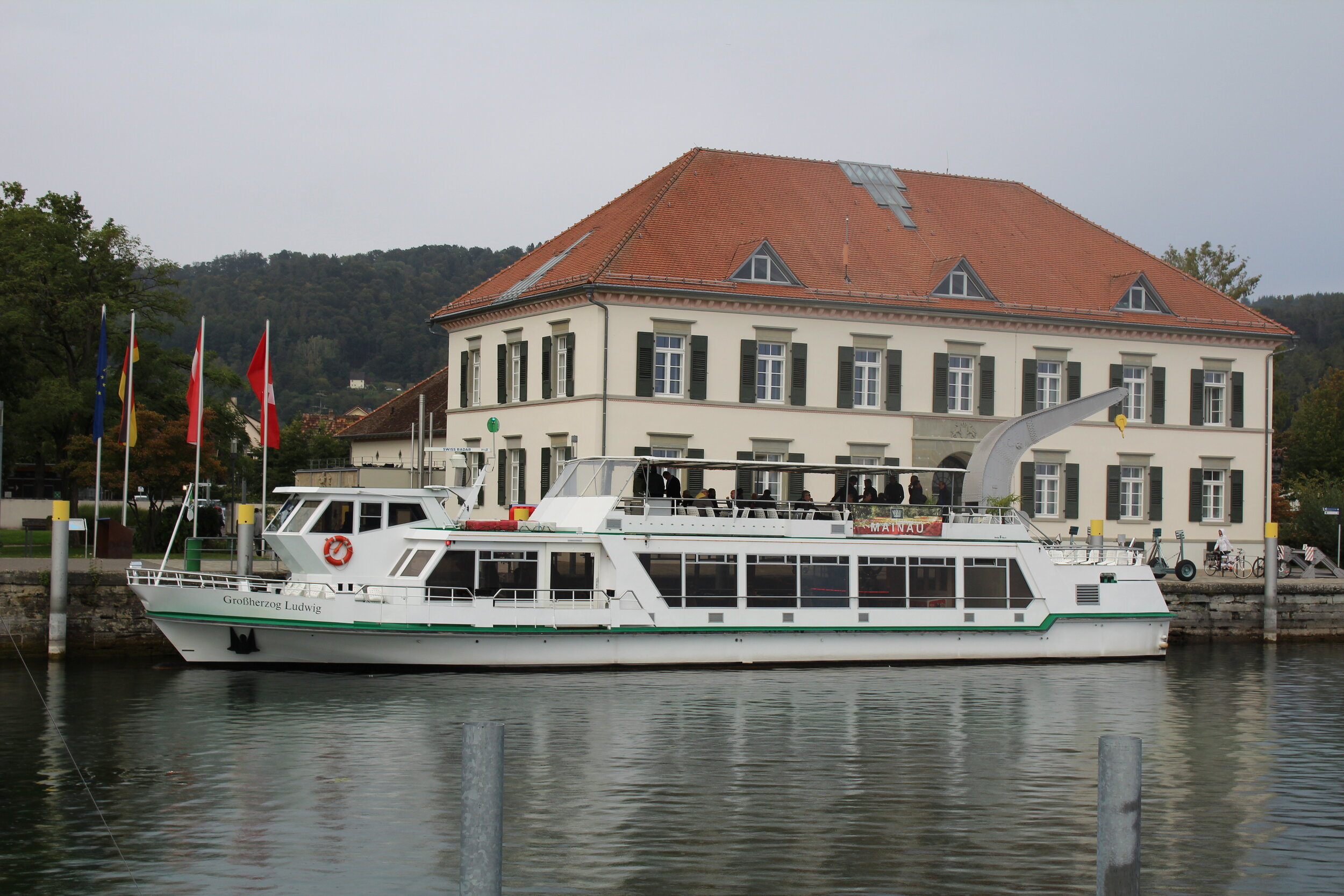 Participants unwind for the evening on boat trip to Mainau