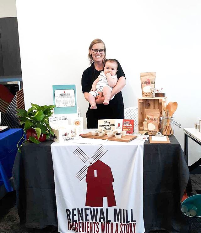 Tabling is always better with a baby on board!  A big thanks to all the parties that made #HackingFood2019 a success! It was great connecting with you all and hearing about your work in making the food system more sustainable 🌱