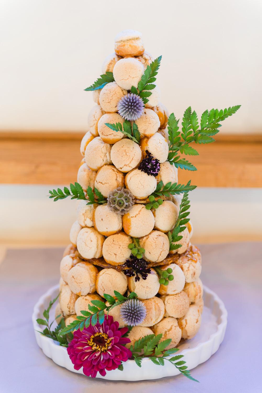 Wedding dessert with flowers