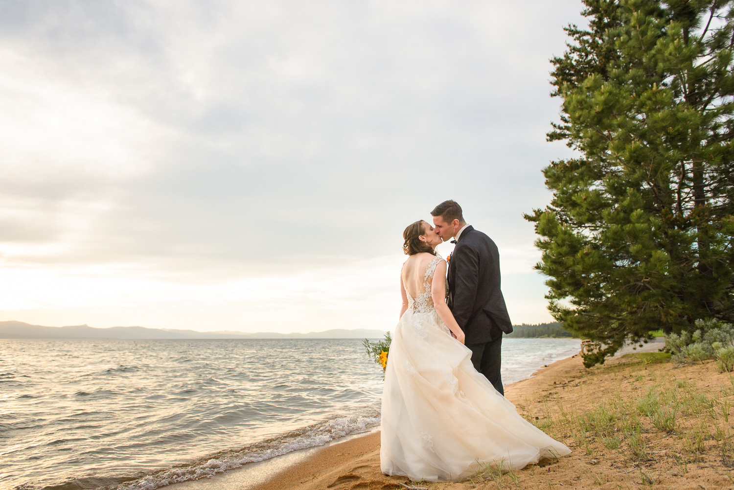 South Lake Tahoe wedding photographer