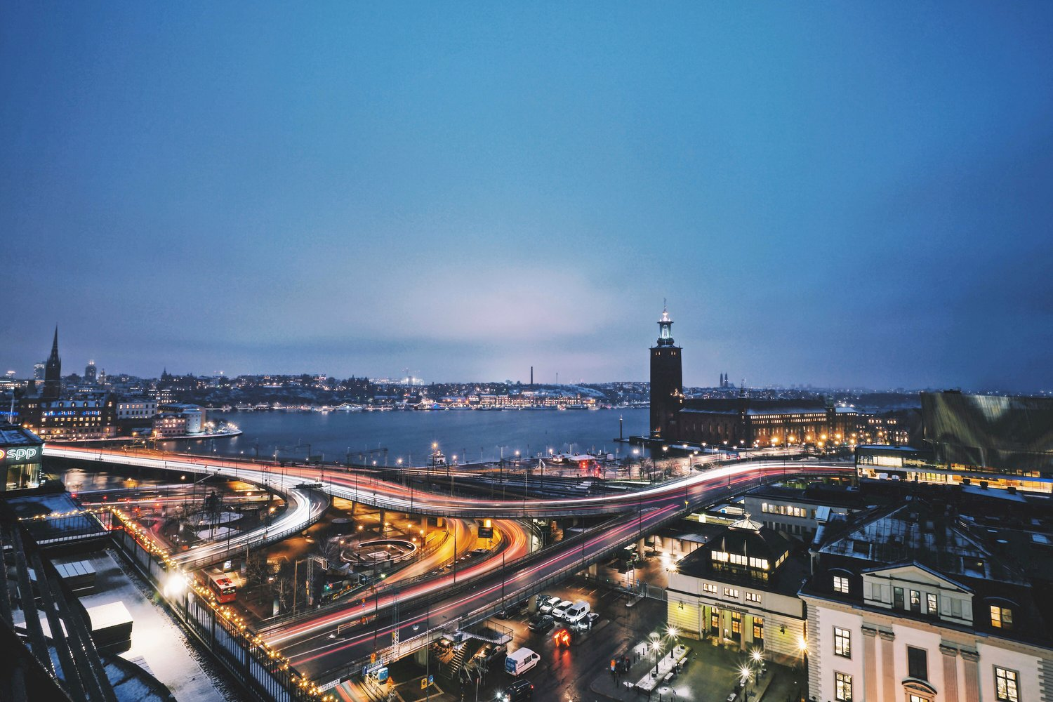 LAND- & CITYSCAPES -