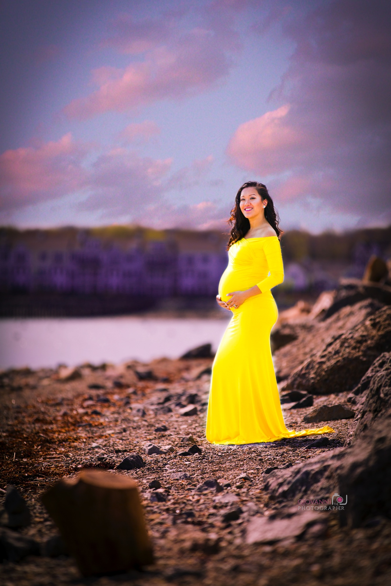 Diana and Gee's Maternity photos Webb State Park Weymouth, Ma