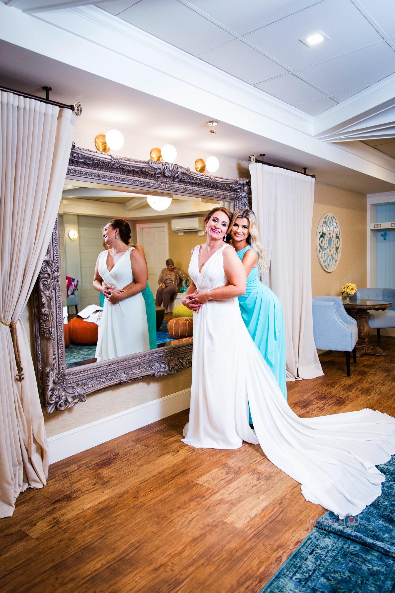 8C2A1371 Giovanni The Photographer Boston Wedding Photographer Oceanview of Nahant - Tracy Todd WM35.jpg