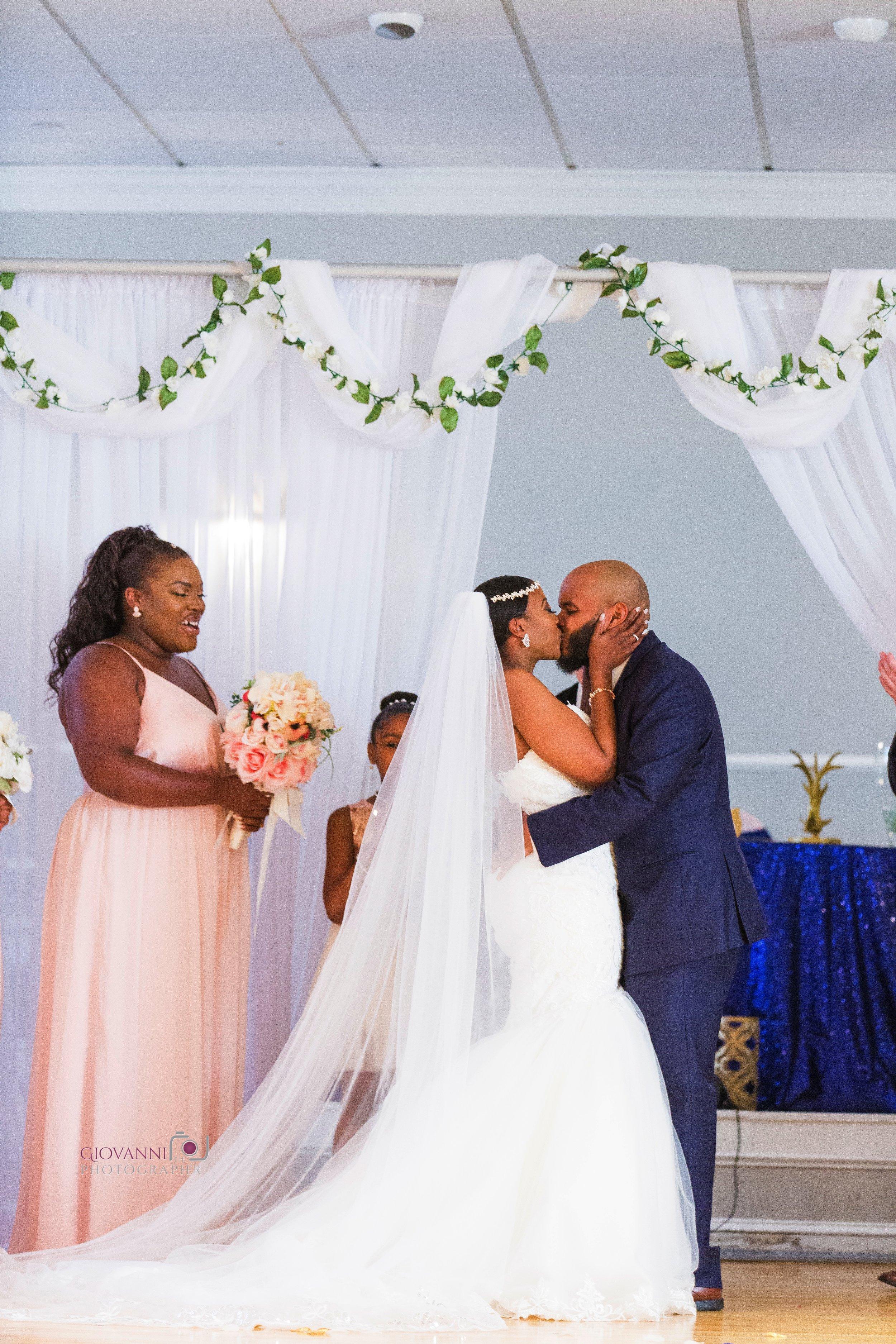 314A0716-Giovanni The Photographer-Best Boston Wedding Photography-Randolph Elks 2130 WM50.jpg
