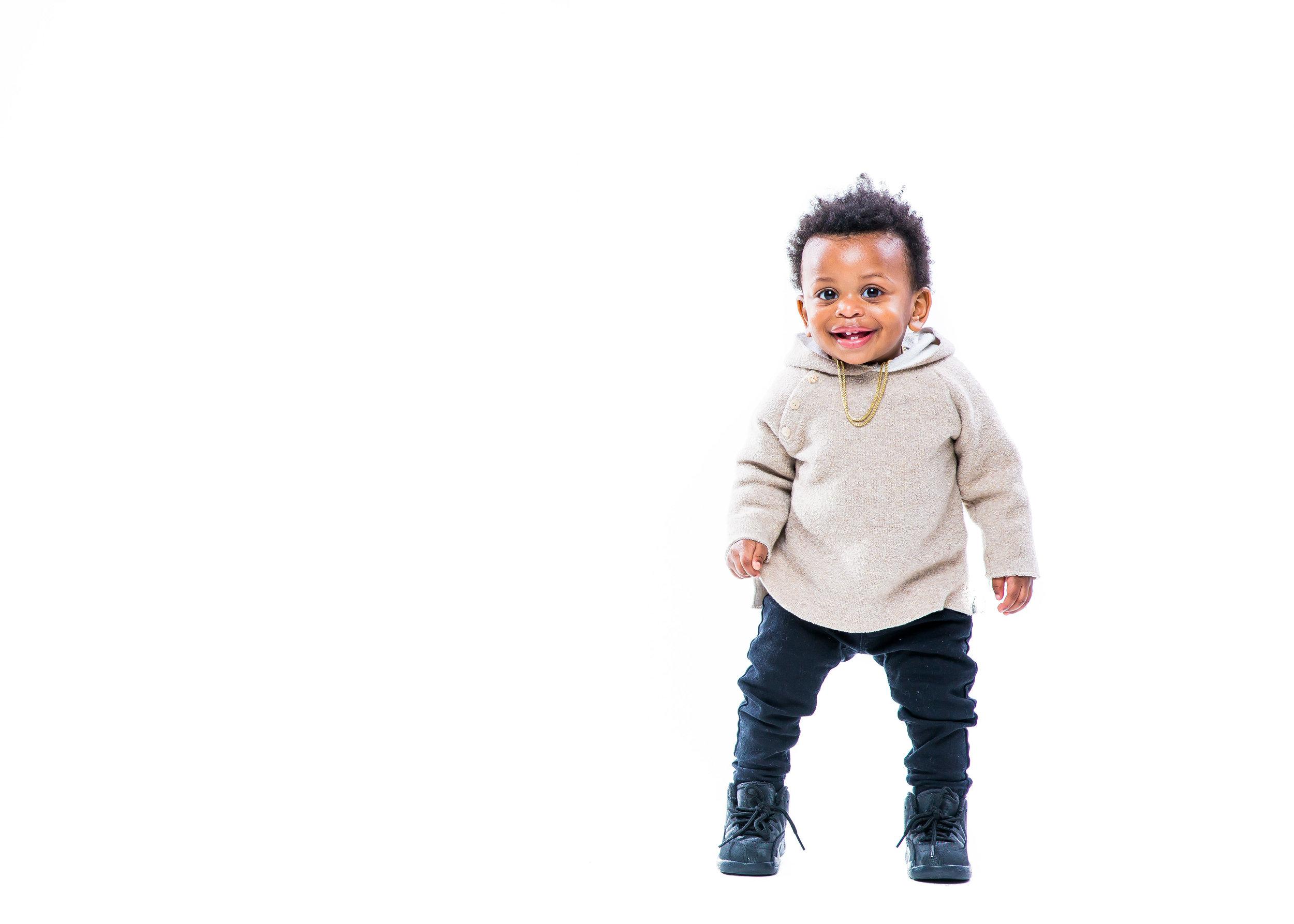 314A8032-Giovanni The Photographer-Best Boston Children Newborn Maternity-Boston Studio Rental.jpg