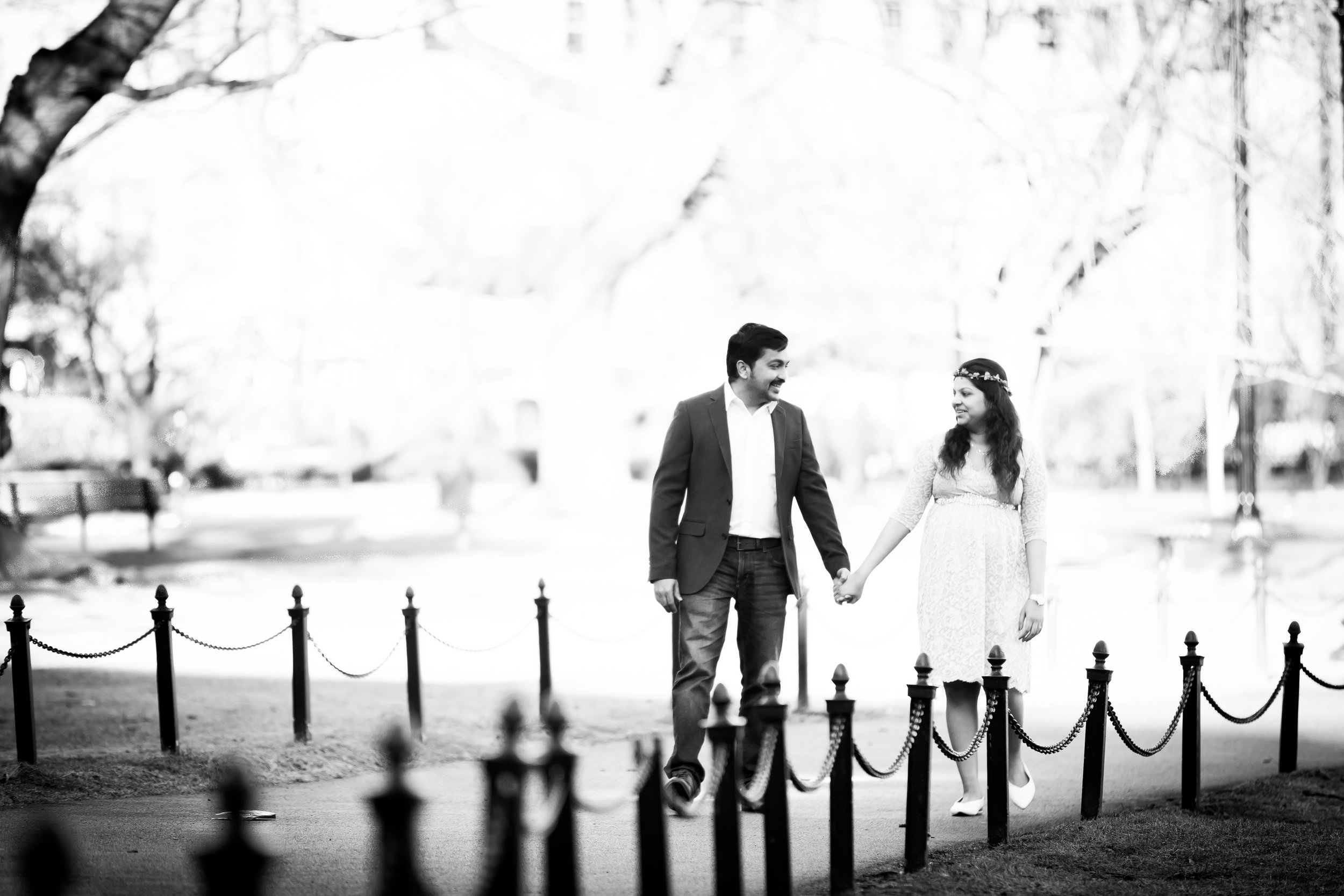 314A8533-Giovanni The Photographer-Maternity Photography in Boston MA Newborn-Boston Public Garden.jpg