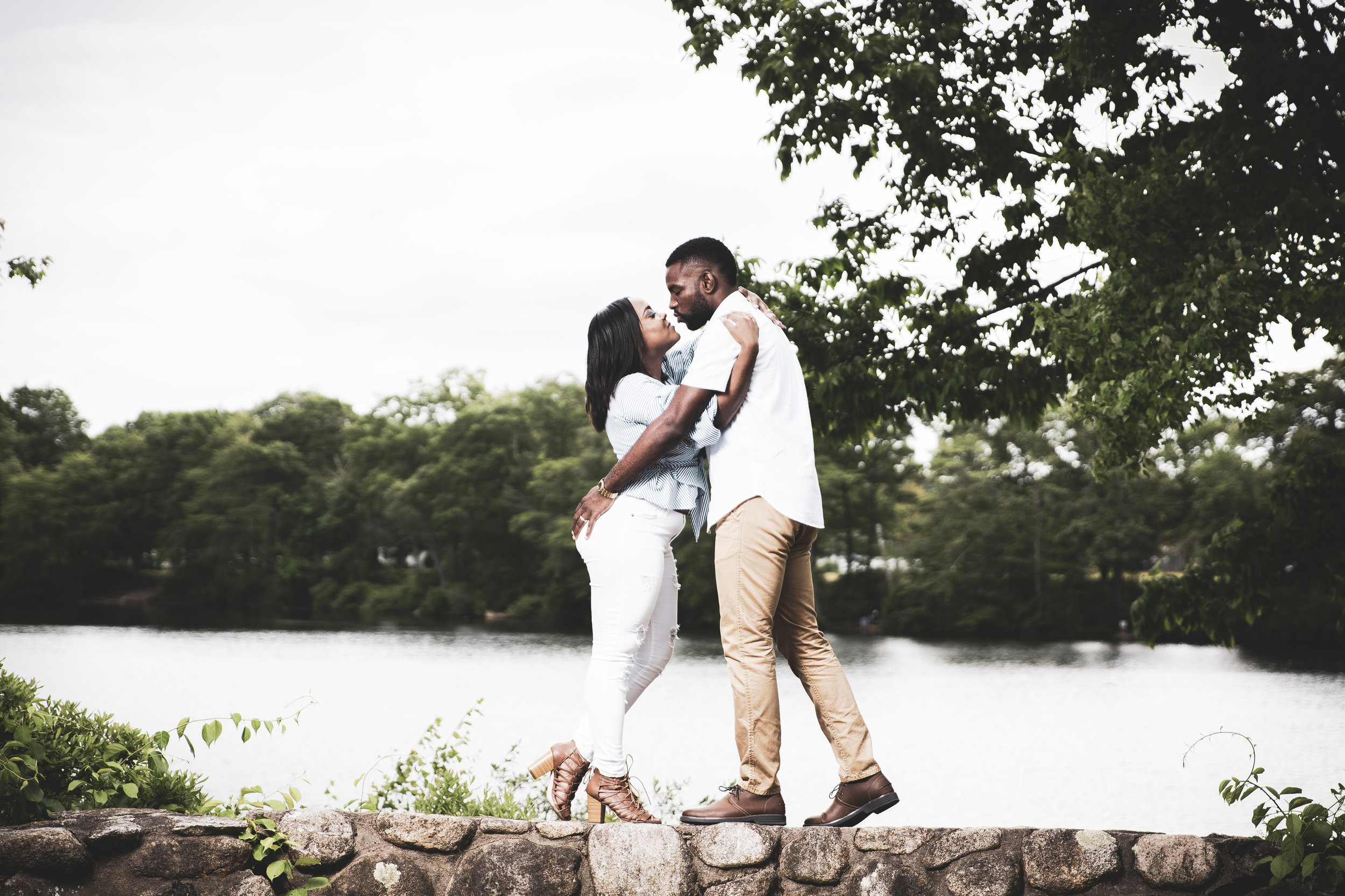 8C2A2014+Giovanni The Photographer+Best Boston Engagement Photography+Couples Session+Houghton's Pond Milton.jpg
