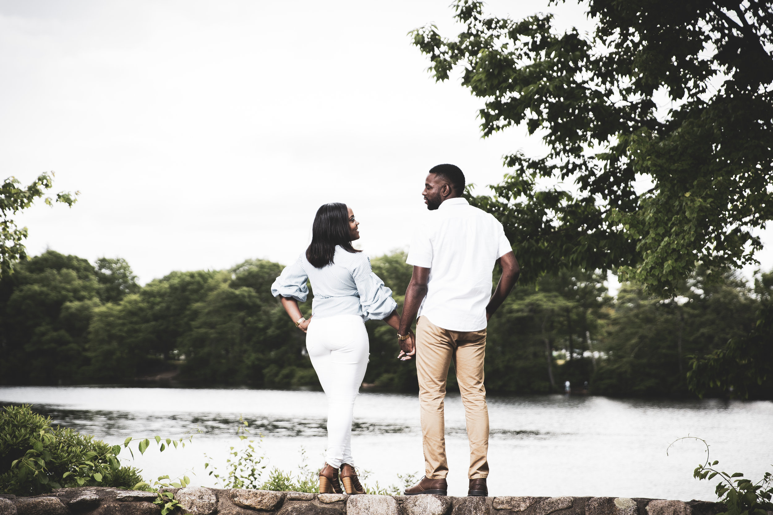 8C2A2013+Giovanni The Photographer+Best Boston Engagement Photography+Couples Session+Houghton's Pond Milton.jpg