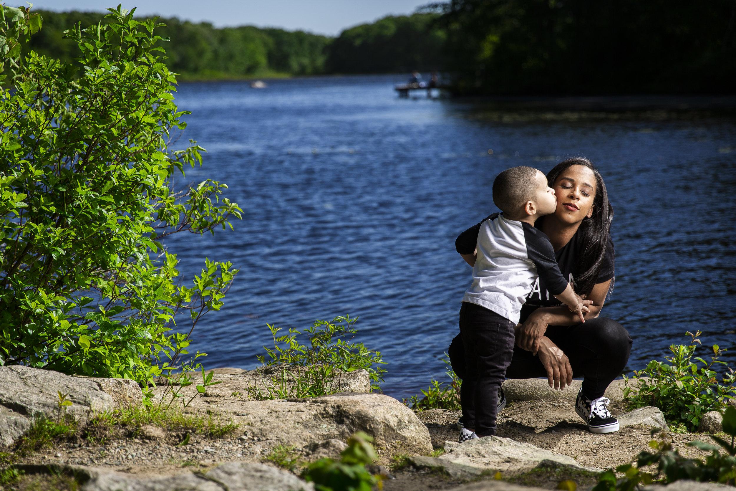 8C2A0585+Giovanni The Photographer+Best Boston Family Photography+Pond Meadow Park.jpg