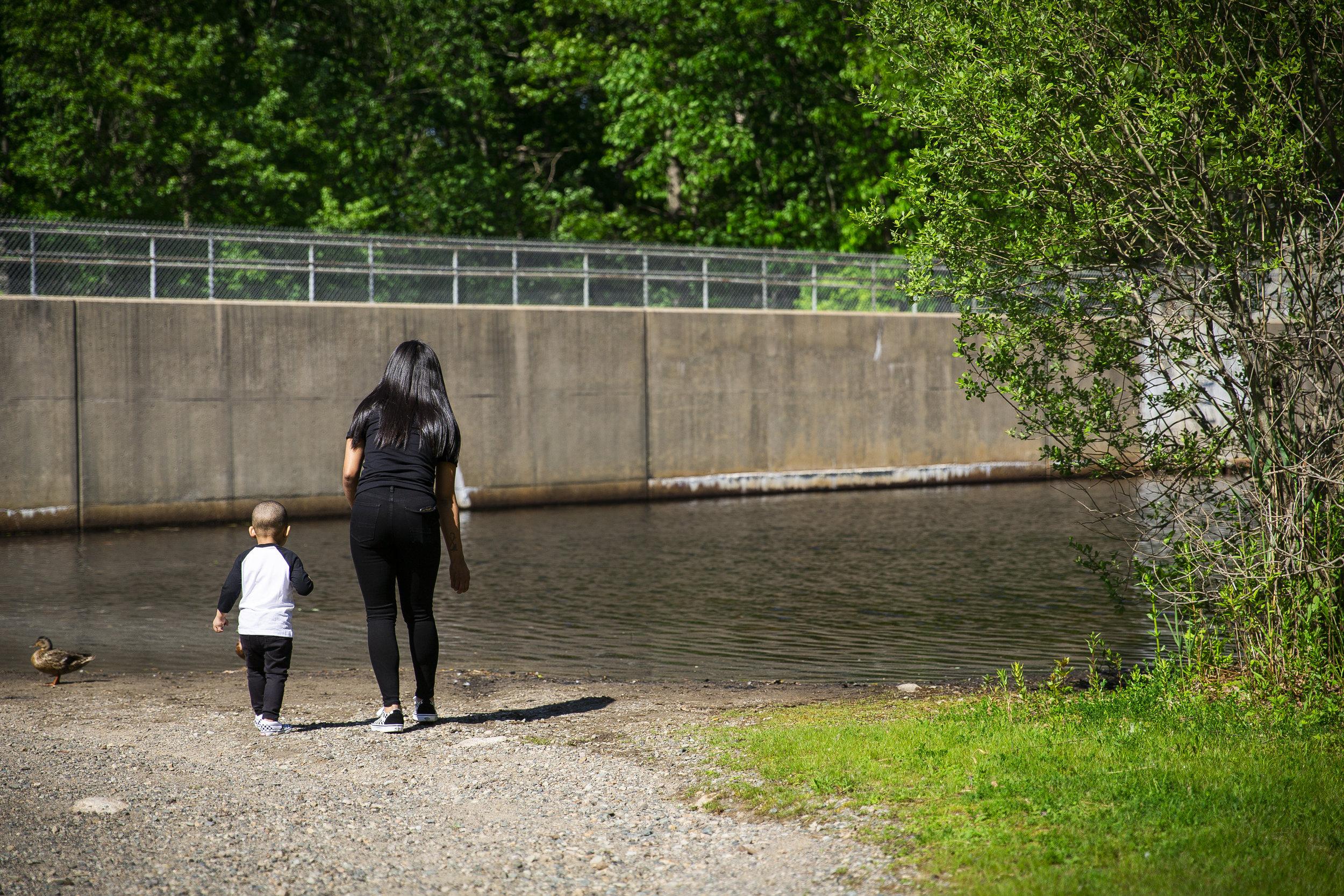 8C2A0377+Giovanni The Photographer+Best Boston Family Photography+Pond Meadow Park.jpg