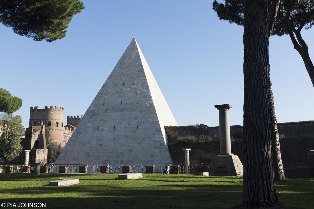 Rome_PiaJohnson__DSF1168.jpg