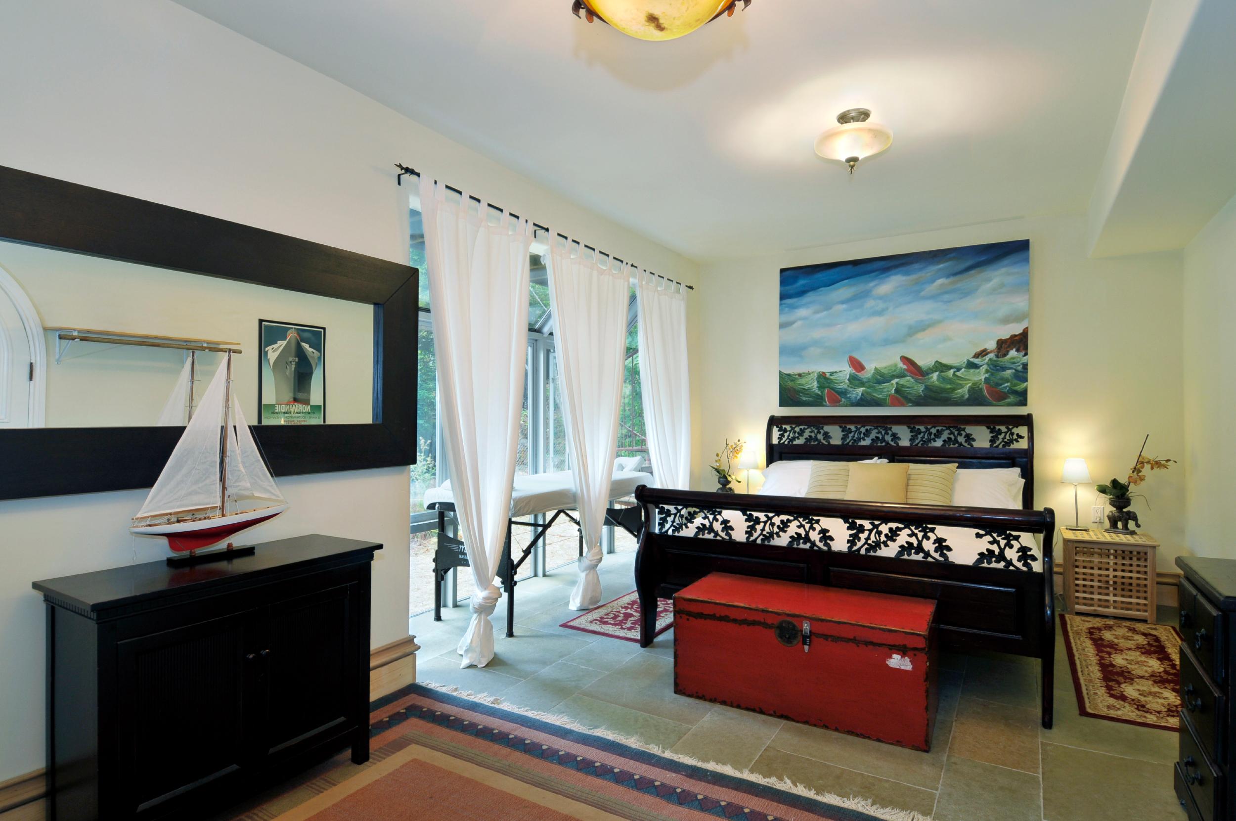 Monte Rio Vacation Home Bedroom