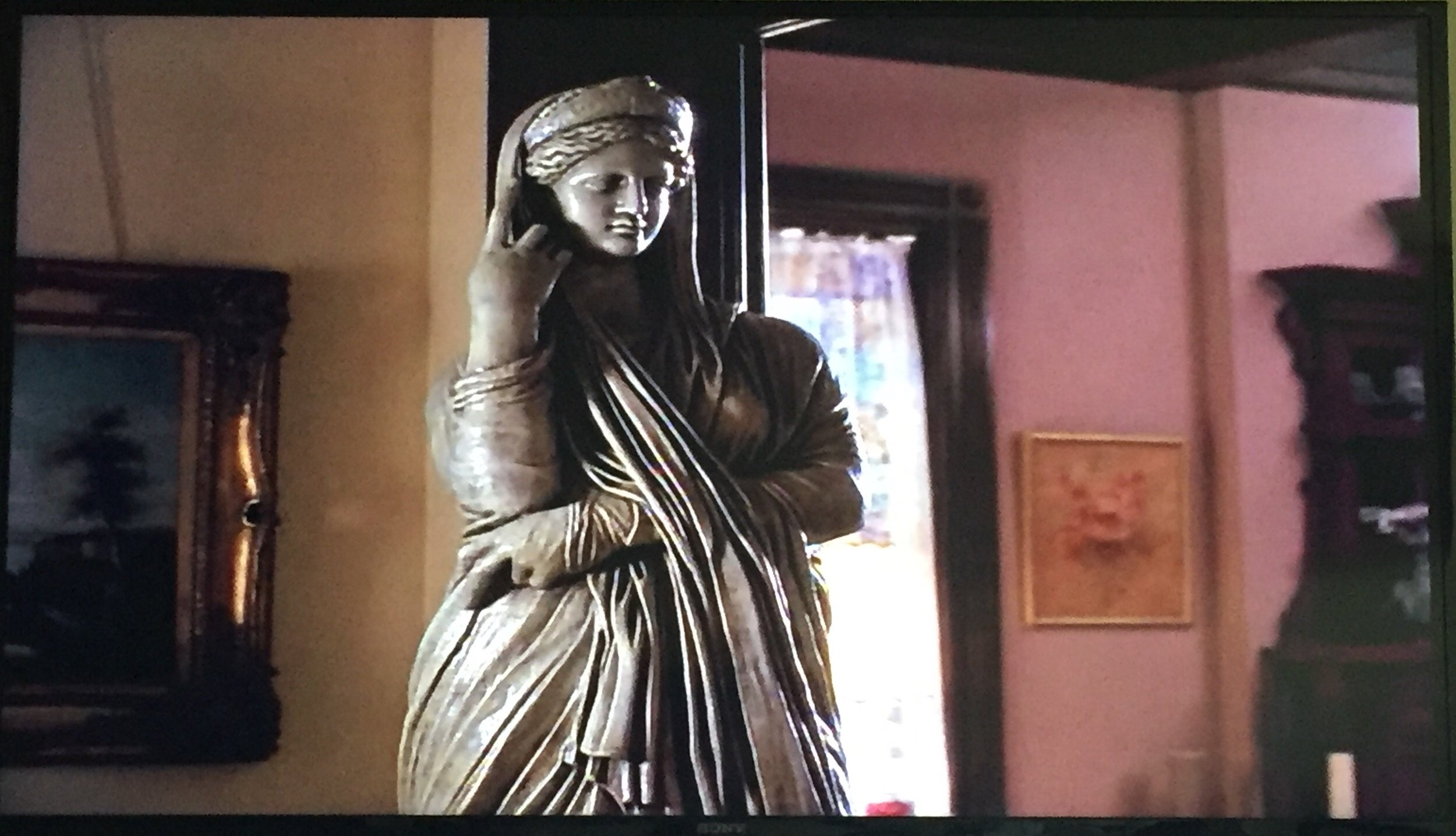 Do you think this statue is hideous? I don't think it goes with the decor of the house, but it's not hideous!