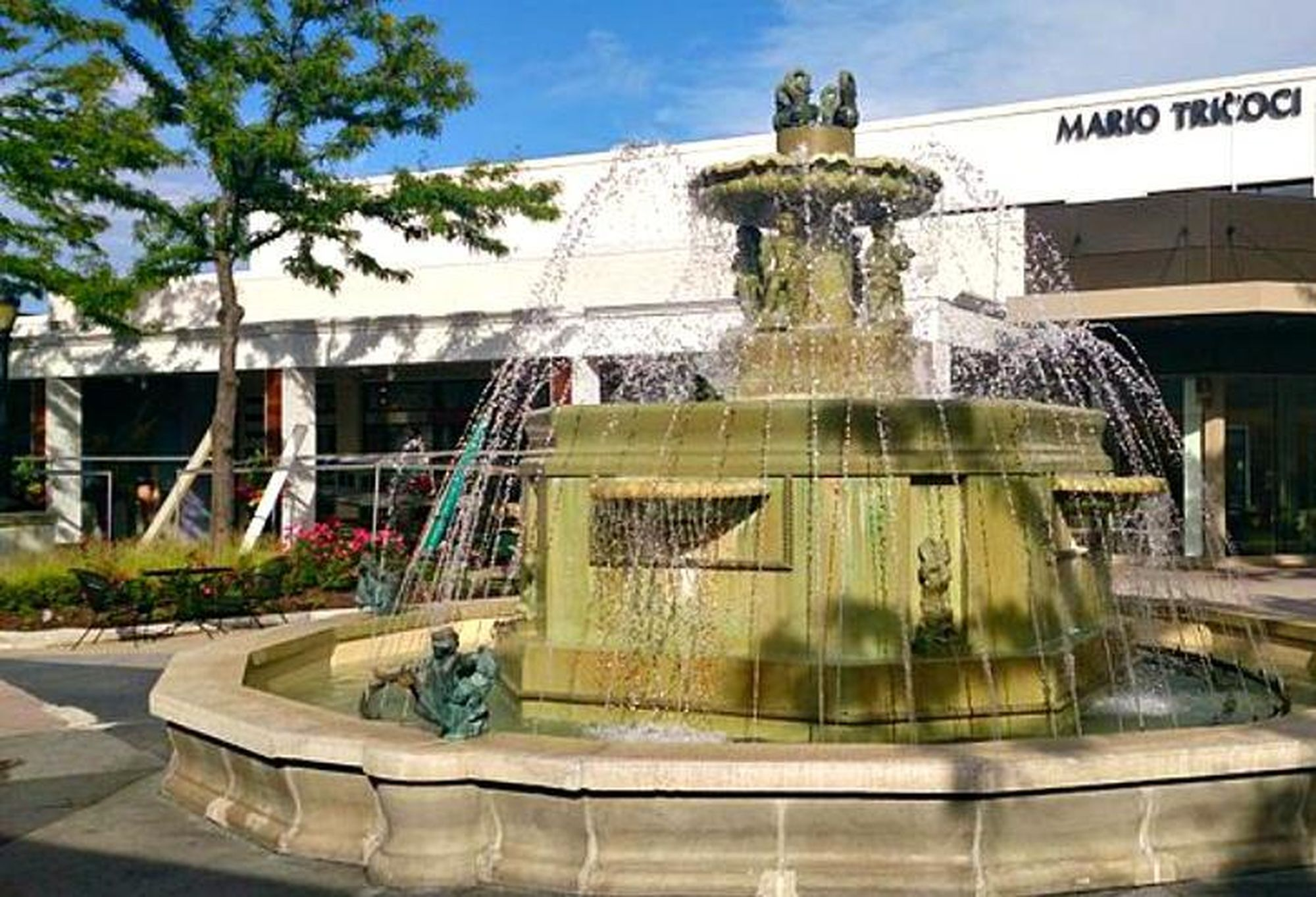 This is the fountain at Westfield Old Orchard, which is the same fountain that has been there for decades. Now, go watch 'Mean Girls' and understand why Kat is frustrated with it.