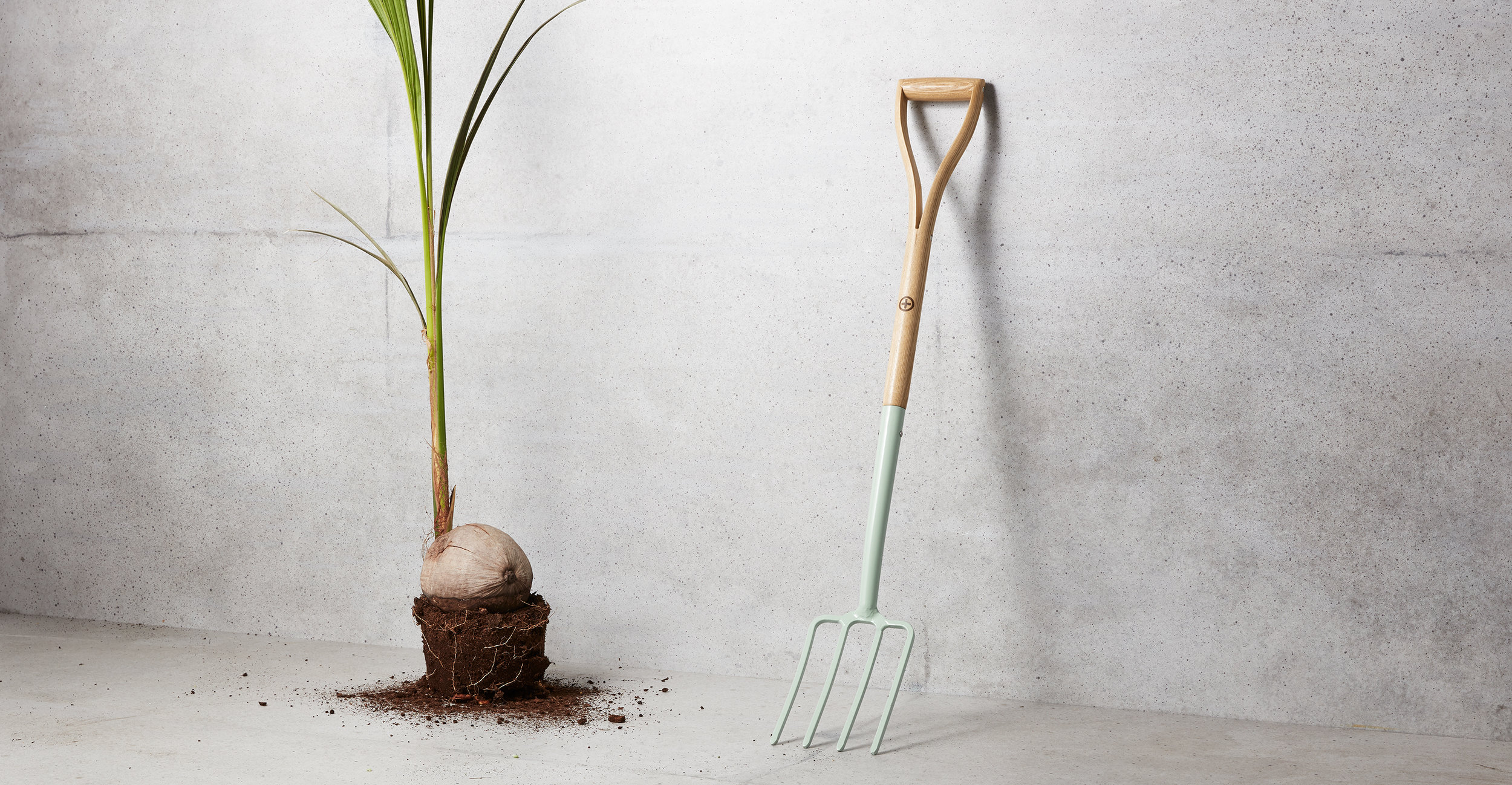 Art direction for a product shoot surrounding outdoor gardening pieces.